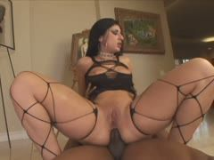 Latina enjoys each centimeter of the bbc